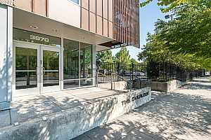 More Details about MLS # 21272427 : 3970 N INTERSTATE AVE 309