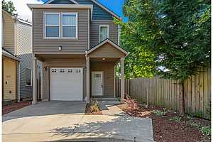 More Details about MLS # 21279060 : 1524 SE 117TH AVE