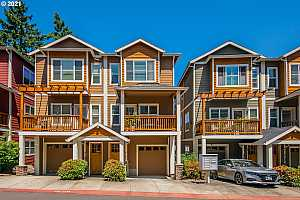 More Details about MLS # 21288851 : 5145 SW SHATTUCK RD 12