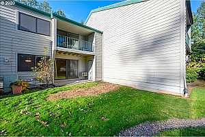 More Details about MLS # 21301693 : 6745 SW SCHOLLS FERRY RD 13