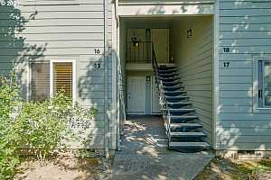 More Details about MLS # 21304662 : 5190 NW NEAKAHNIE AVE 15
