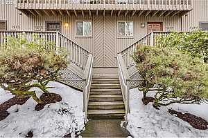 More Details about MLS # 21321605 : 1219 NE 21ST AVE