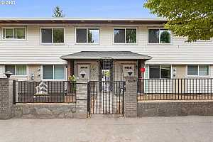 More Details about MLS # 21346559 : 9333 N LOMBARD ST 5