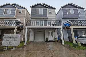 More Details about MLS # 21372252 : 2528 SE 130TH AVE