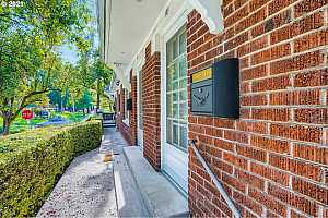 More Details about MLS # 21373638 : 2601 NW RALEIGH ST 14