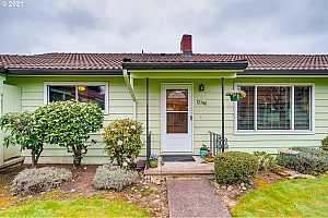 More Details about MLS # 21403935 : 12380 SE MAIN ST