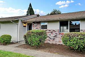 MLS # 21411964 : 14978 SE CARUTHERS CT