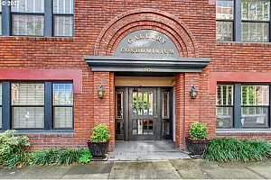More Details about MLS # 21412832 : 2076 NW JOHNSON ST 301