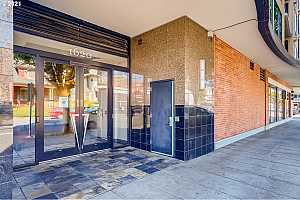 More Details about MLS # 21444202 : 1620 NE BROADWAY ST 213