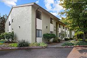 More Details about MLS # 21453710 : 3329 NE 162ND AVE