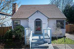 MLS # 21476449 : 6240 SW LOMBARD AVE