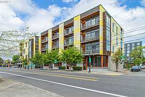 MLS # 21494182 : 1455 N KILLINGSWORTH ST 303