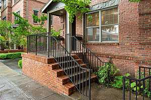 More Details about MLS # 21497991 : 1954 NW OVERTON ST 6