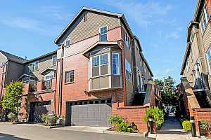 More Details about MLS # 21550214 : 2383 NW QUIMBY ST 14