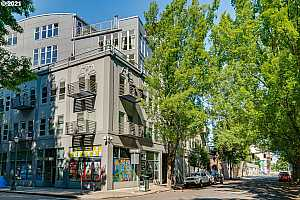 More Details about MLS # 21551495 : 725 NW FLANDERS ST 204