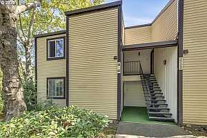 More Details about MLS # 21552471 : 2702 SE 138TH AVE 11