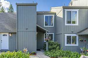 More Details about MLS # 21567520 : 17556 SW BRITETREE CIR