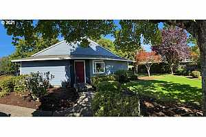 More Details about MLS # 21638006 : 10905 SW MEADOWBROOK DR 23
