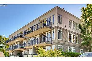 More Details about MLS # 21652775 : 1815 SW 16TH AVE 303