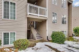 More Details about MLS # 21658634 : 6150 SW ALICE LN 105-A