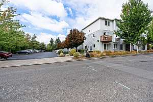 More Details about MLS # 21659498 : 217 NE 146TH AVE 31
