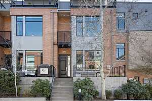 More Details about MLS # 21683072 : 1690 NW RIVERSCAPE ST
