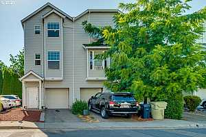 More Details about MLS # 21690538 : 3925 SW 182ND PL