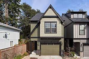 More Details about MLS # 21696764 : 7846 SW CAPITOL HILL RD