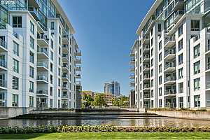 WATERFRONT PEARL Condos, Lofts and Townhomes For Sale