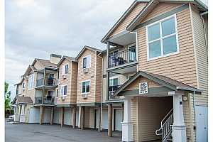 CROSSINGS AT TANASBOURNE Condos For Sale