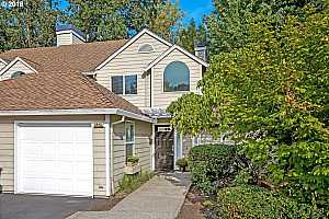 UPLANDS PARK AT LAKE OSWEGO Condos For Sale