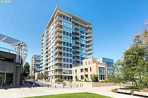 RIVERPLACE Condos For Sale