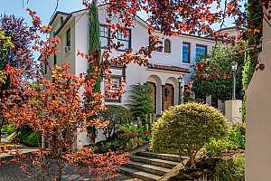 Browse active condo listings in SORRENTO COURT