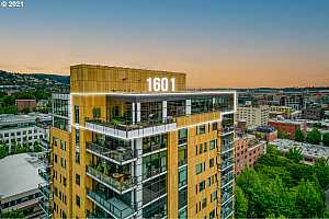 Browse active condo listings in THE CASEY