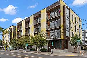 Browse active condo listings in OVERLOOK