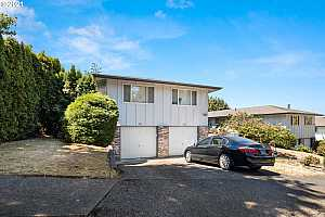 OLYMPIC HILLS OF GRESHAM Condos for Sale