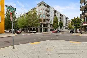 Browse active condo listings in LEXIS