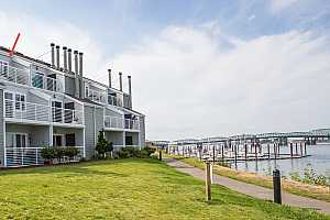 Browse active condo listings in COLUMBIA POINT WEST