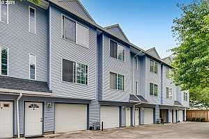 Browse active condo listings in POWELL BUTTE