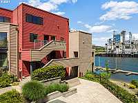 MLS # 21635807 : 606 NW NAITO PKWY A3