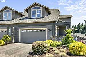 Browse active condo listings in GRAYSTONE AT ALTAMONT